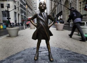 Wall Street's newest statue: The Fearless Girl